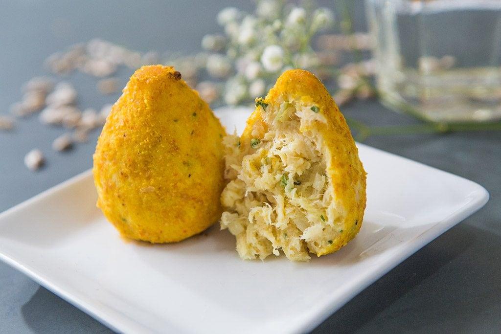 Coxinha de frango com farinha de linhaça