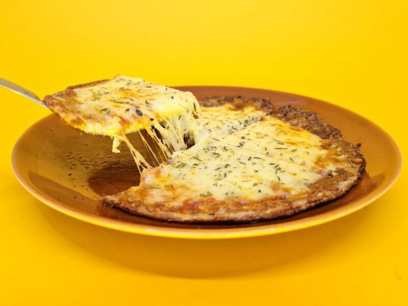pizza low carb de muçarela